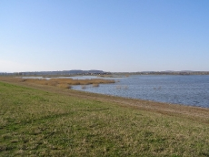 Widok na zbiornik Topola - zdjęcie wiosna 2007.